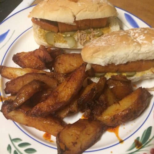 carrot hot dogs with paprika fries - veg bag meals- midorigreen.co.uk