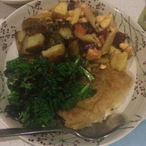 Vegan sausage roll with fried kale, fried potatoes, and pasta salad with parsnip and apples - veg bag meals - midorigreen.co.uk