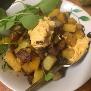 fried potato and swede hash with spicy vegan mayo - veg bag meals - midorigreen.co.uk